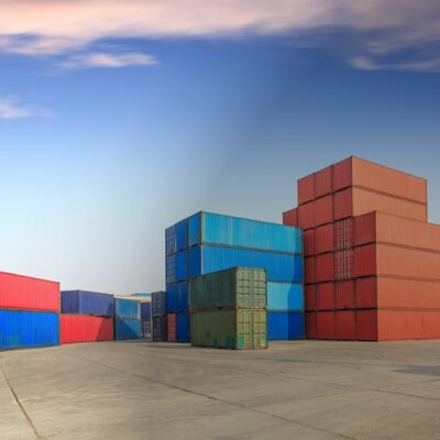 Serviços de Transporte de Mercadorias Perigosas e de Contentores de Carga